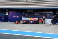 Primele poze cu monoposturile Mercedes și Red Bull
