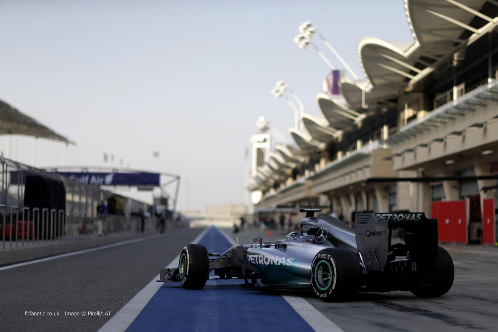 Bahrain ziua 3; Romtelecom va transmite F1 în 2014 şi 2015
