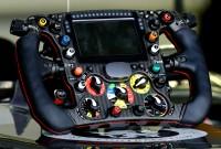 Prezentarea unui volan de Formula 1