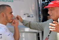 Lauda: Silverstone perfect temporizat pentru Hamilton