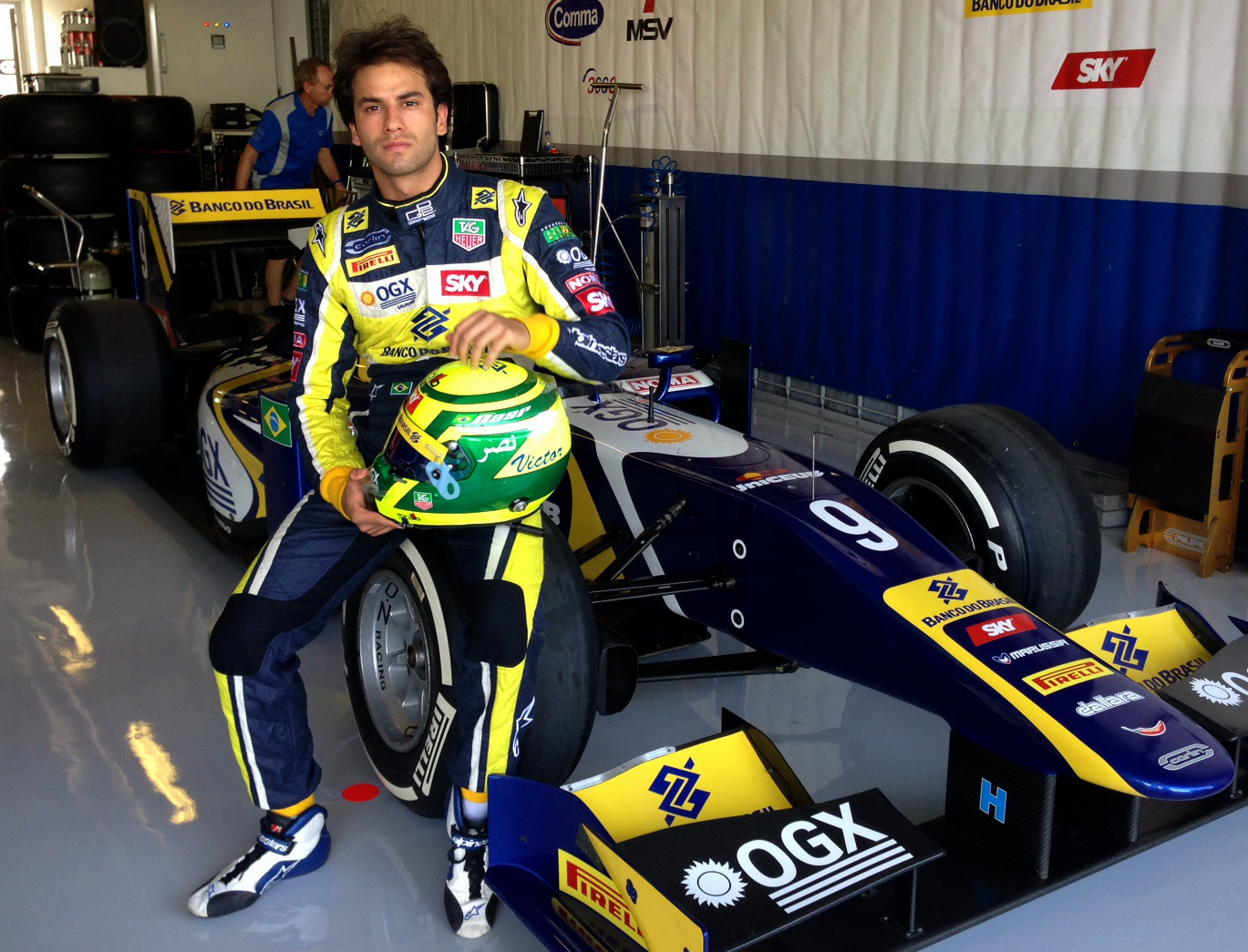The 24-year old son of father Felipe and mother Olivia, 175 cm tall Felipe Nasr in 2017 photo