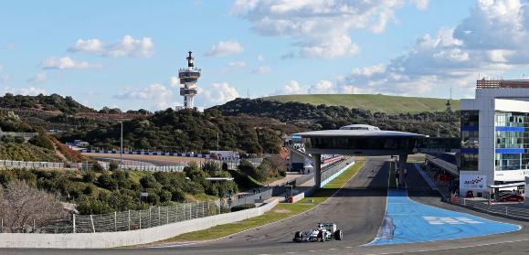 Mercedes pare să fie cel mai puternic motor și în 2015