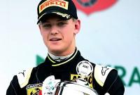 Mick Schumacher a câștigat la debutul în Formula 4