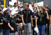 Rosberg câştigă şi a doua sesiune şi evită un accident major în Belgia