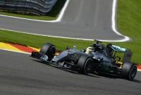 Hamilton câştigă cursa de la Spa, iar Vettel nu obţine nici un punct