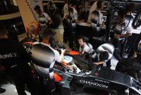 """Alonso: """"Steagul galben este o problema doar dacă e vorba de Nico Rosberg"""""""