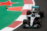 Cursa din Mexic dominată de Lewis Hamilton; dublă penalizare
