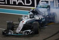 Nico Rosberg campion mondial şi omul zilei; Hamilton ratatul zilei