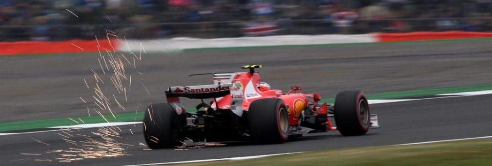 Hamilton câştigă la Silverstone şi ajunge la doar un punct în spatele lui Vettel