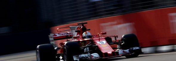 Cursa din Singapore îl consacră pe Hamilton favorit principal la titlu